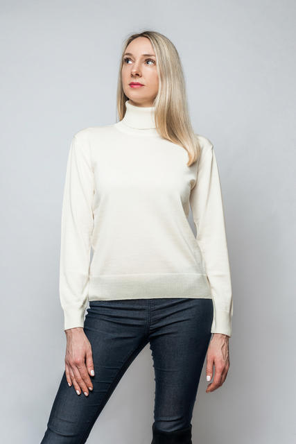 Women's polo neck sweater made of Extra Fine Merino wool - Vanilla Ice, M - 2